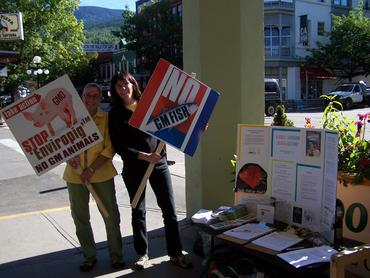 April and Abra outside the Kootenay Coop