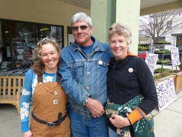 Colleen Ross, Margo and George Wilson of Meadowbrook Farm