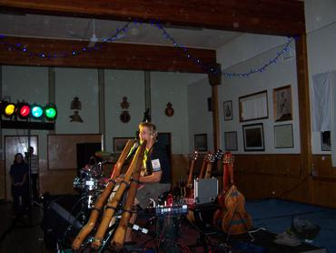Musician Shane Philip plays in Courtenay, benefit for CBAN, Sept 30.